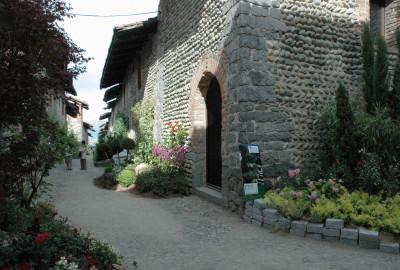 Lo storico ricetto di Candelo, borgo medievale tra i più belli d'Europa.